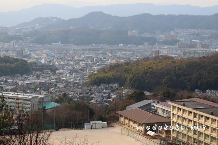 揚倉山健康運動公園展望広場からの眺め1