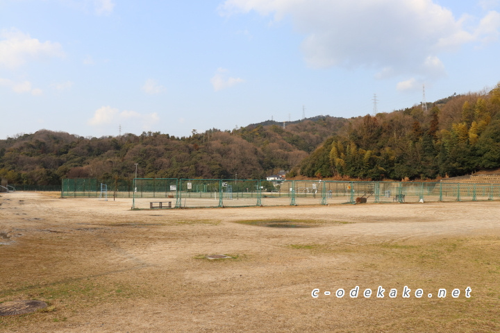 揚倉山健康運動公園の下の段グラウンド