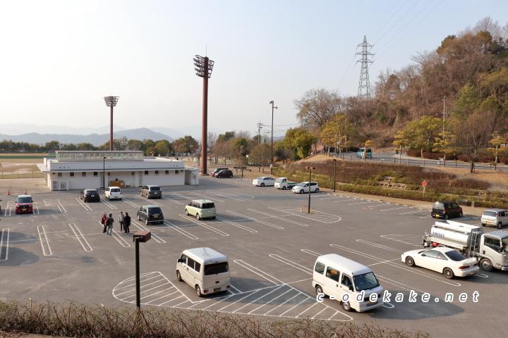 揚倉山健康運動公園の駐車場
