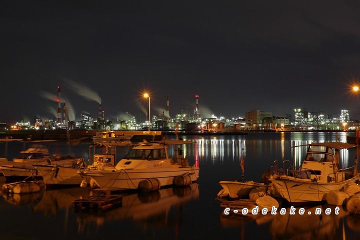 小方港から大竹工場夜景を見る